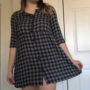 H&M PLAID BUTTON DOWN DRESS